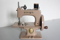 Singer 20-10 Sewhandy Toy Sewing Machine